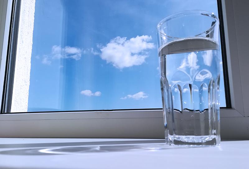 Чтобы волосы росли надо пить воду